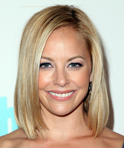 Amy Paffrath Medium Straight Formal Bob  Hairstyle   - Light Blonde (Champagne)