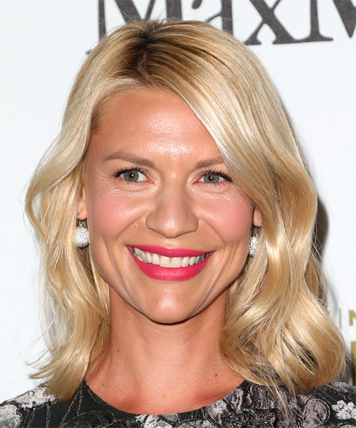 Claire Danes Medium Straight Casual Bob  Hairstyle   - Light Blonde
