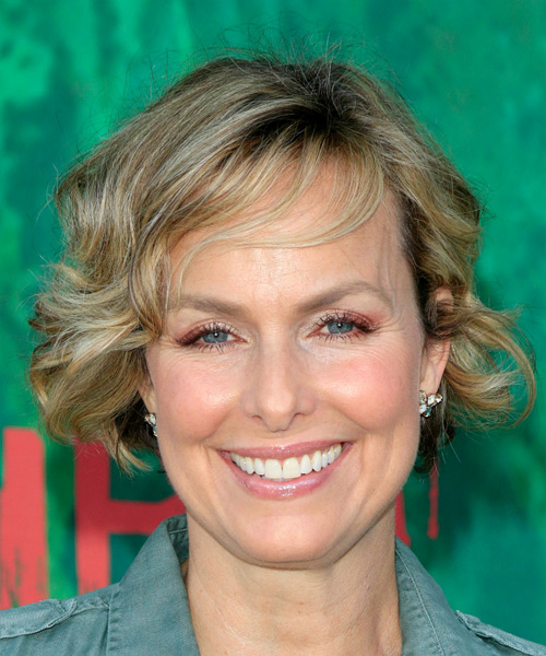 Melora Hardin Short Wavy    Blonde Bob  Haircut with Side Swept Bangs