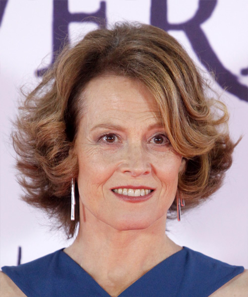 Sigourney Weaver Medium Wavy Casual Bob  Hairstyle with Side Swept Bangs  - Light Brunette