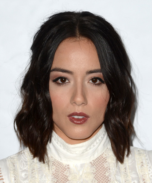 Chloe Bennet Medium Wavy Casual Bob  Hairstyle   - Dark Brunette