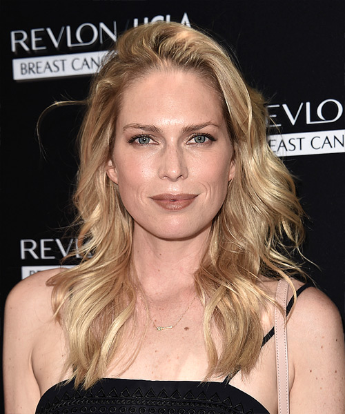 Sara Foster Long Wavy Casual   Hairstyle   - Light Blonde (Golden)