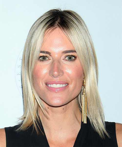 Kristen Taekman Medium Straight Casual Bob  Hairstyle   - Light Blonde