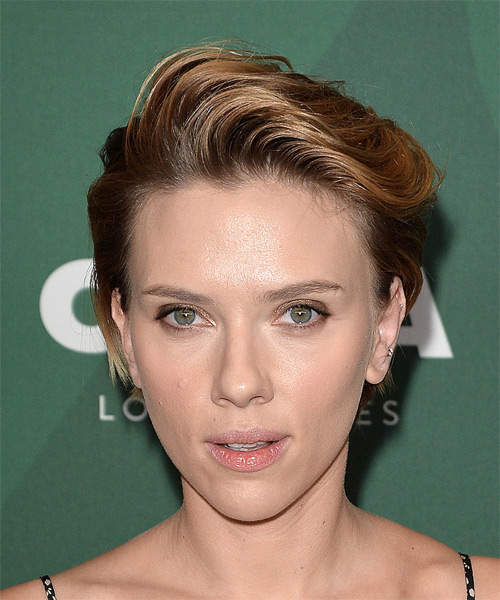 Scarlett Johansson Short Straight Casual Pixie  Hairstyle with Side Swept Bangs  - Dark Blonde (Golden)