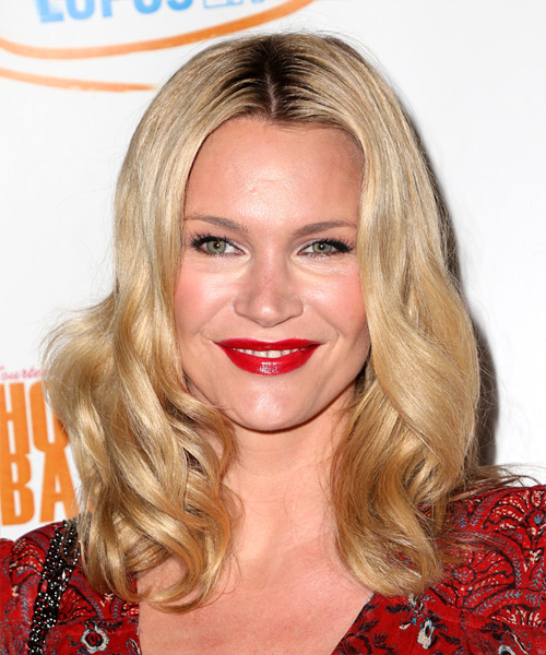 Natasha Henstridge Medium Wavy Casual  Bob  Hairstyle   - Light Golden Blonde Hair Color