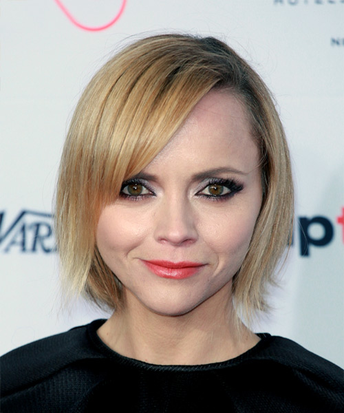 Christina Ricci Short Straight Formal  Bob  Hairstyle with Side Swept Bangs  -  Golden Blonde Hair Color
