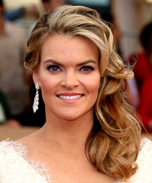 Missi Pyle Classic Long Curly Formal   Hairstyle   - Medium Blonde