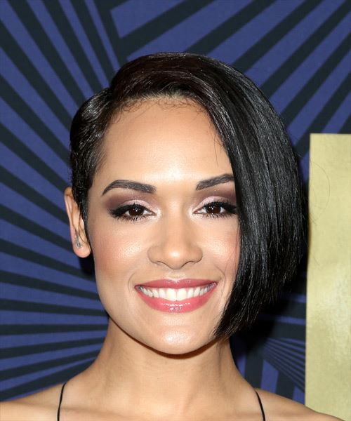 Grace Gealey Short Straight Casual Asymmetrical  Hairstyle   - Black