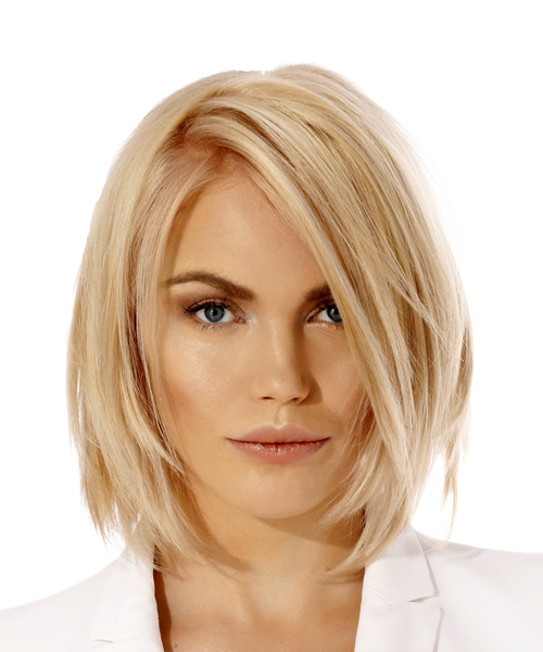 Short Straight Casual  Bob  Hairstyle   - Light Blonde Hair Color