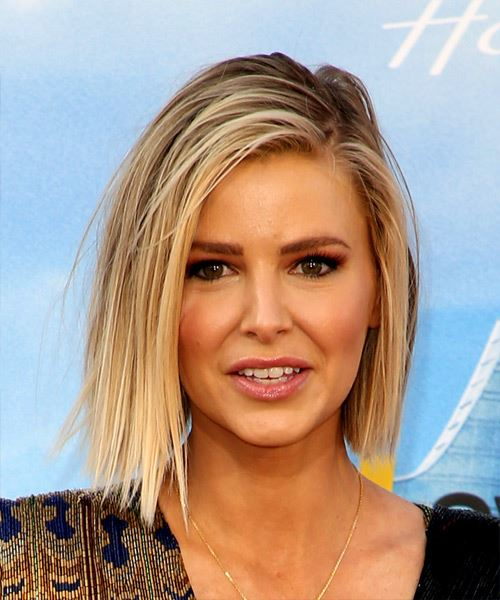 Ariana Madix Medium Straight Casual  Bob  Hairstyle   - Light Blonde Hair Color