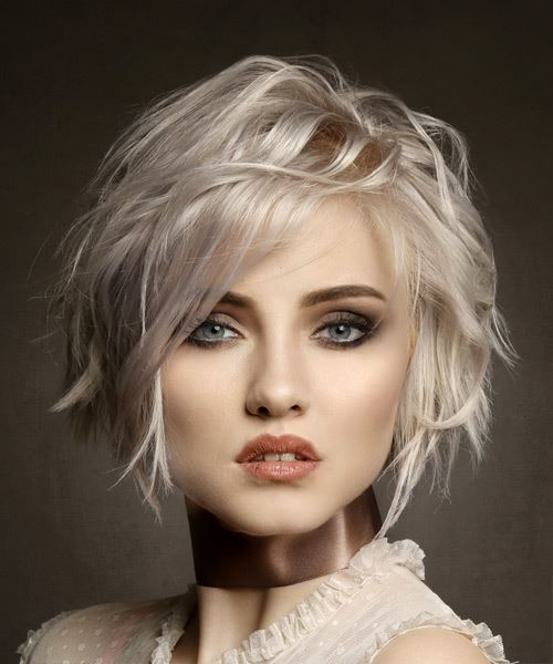 Short Wavy Casual Bob Hairstyle with Side Swept Bangs - Light Blonde (Platinum)