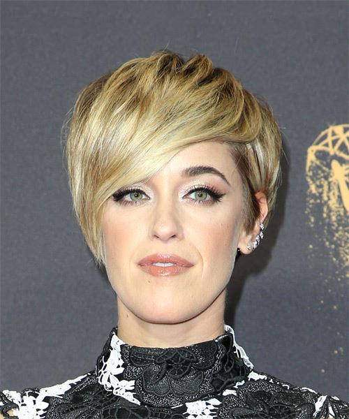 Lauren Morelli Short Straight Casual  Pixie  Hairstyle with Side Swept Bangs  -  Golden Blonde Hair Color