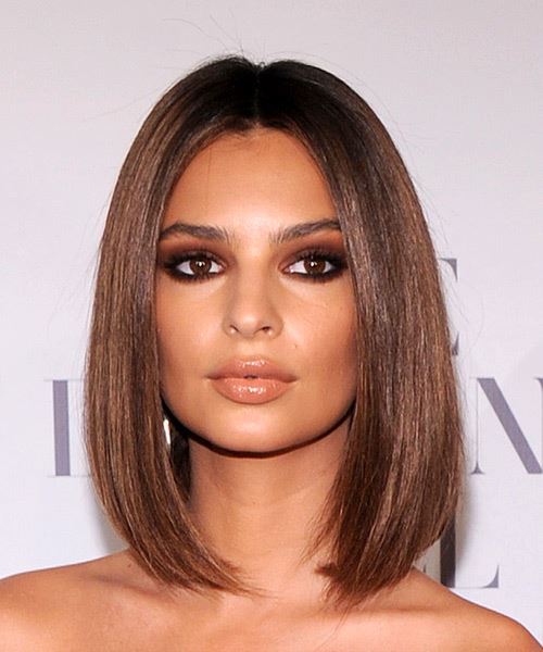Emily Ratajkowski Medium Straight Chestnut Brunette Bob Haircut with Medium Hair Texture
