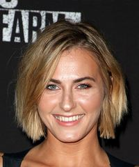 Scout Taylor Compton Short Straight Casual  Bob  Hairstyle   -  Blonde Hair Color