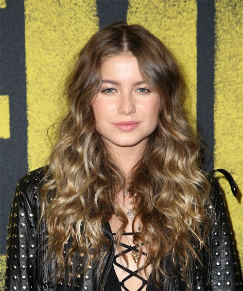 Sofia Reyes Long Curly Casual    Hairstyle   - Light Brunette Hair Color