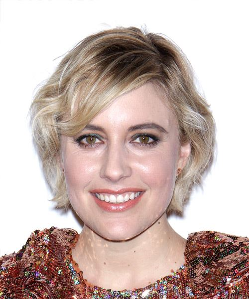 Greta Gerwig Short Wavy Casual   Hairstyle with Side Swept Bangs  - Medium Blonde
