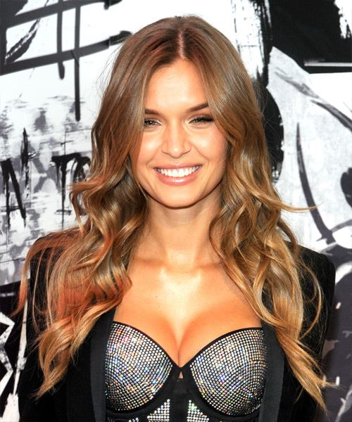 Josephine Skriver Long Wavy Casual    Hairstyle   - Light Brunette Hair Color