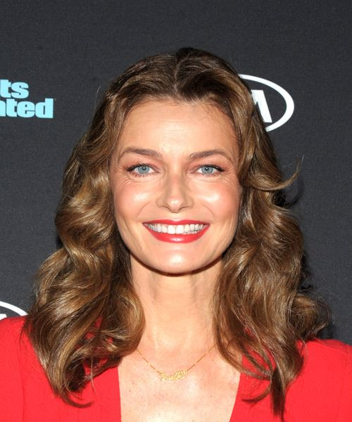 Paulina Porizkova Medium Wavy Casual Bob  Hairstyle   - Medium Brunette