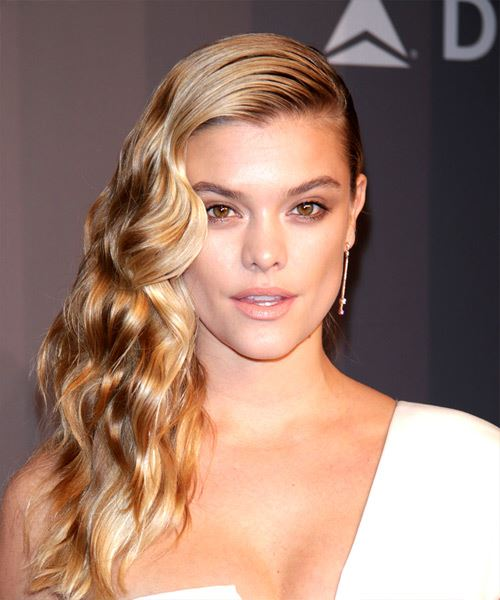 Nina Agdal Long Wavy Casual   Hairstyle   - Medium Blonde