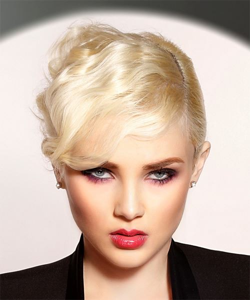 Short Straight Formal Pixie  Hairstyle with Side Swept Bangs  - Light Blonde