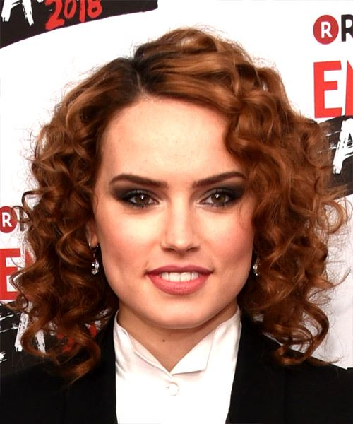Daisy Ridley Medium Curly Red Hairstyle