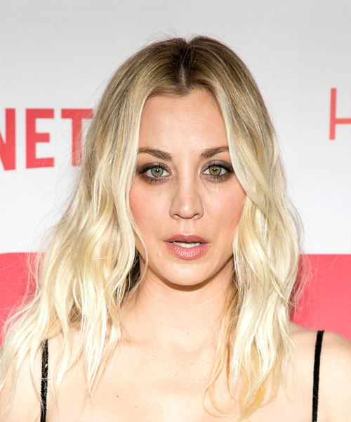 Kaley Cuoco Long Wavy Casual  Light Blonde Hairstyle
