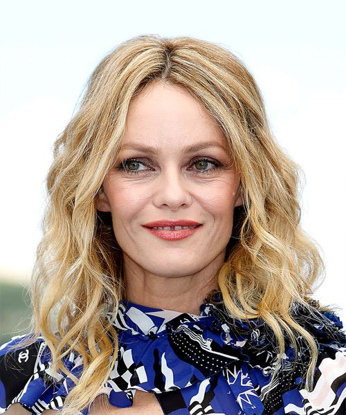 Vanessa Paradis Medium Wavy Casual    Hairstyle   - Light Blonde Hair Color