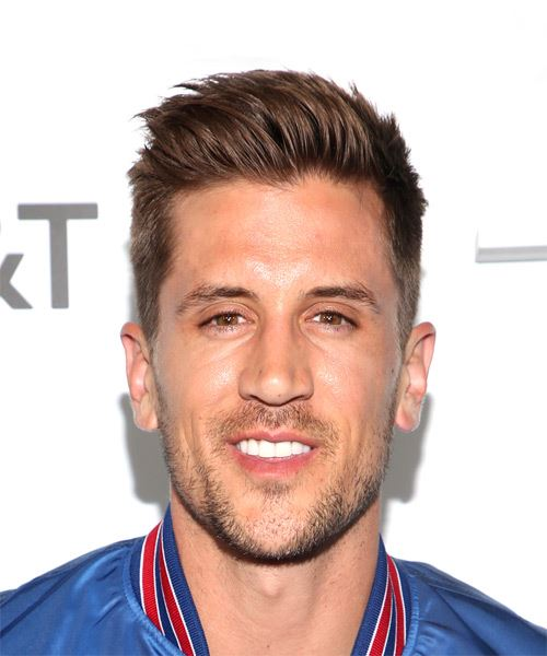 Jordan Rodgers Short Straight Casual    Hairstyle   -  Brunette Hair Color