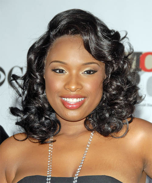 Jennifer Hudson Medium Curly Hairstyle