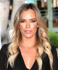 Teddi Mellencamp Long Wavy Casual    Hairstyle   - Light Blonde Hair Color