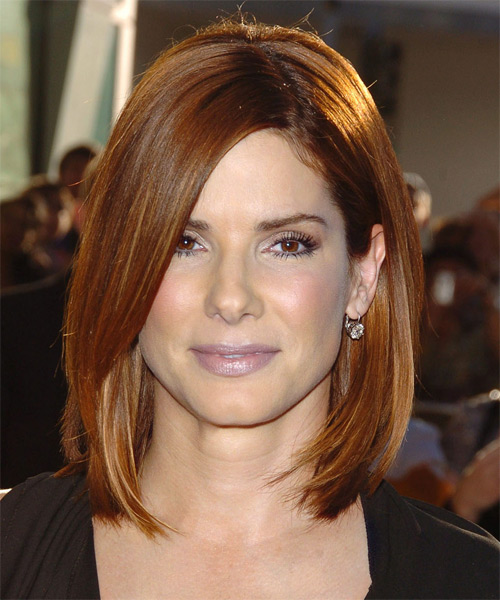 sandra bullock medium straight casual bob hairstyle auburn brunette hair color. Black Bedroom Furniture Sets. Home Design Ideas