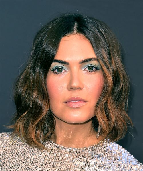 Mandy Moore Medium Wavy Casual  Bob  Hairstyle   -  Brunette Hair Color with Dark Brunette Highlights