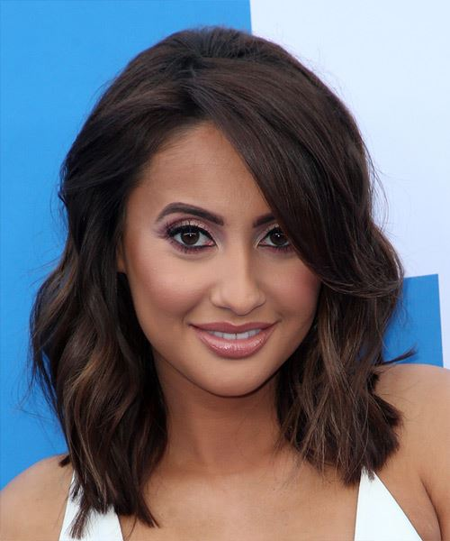Francia Raisa Medium Wavy   Black  Bob  Haircut with Blunt Cut Bangs