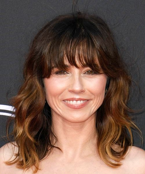 Linda Cardellini Long Wavy Layered  Black  and Copper Two-Tone Bob  Haircut with Blunt Cut Bangs