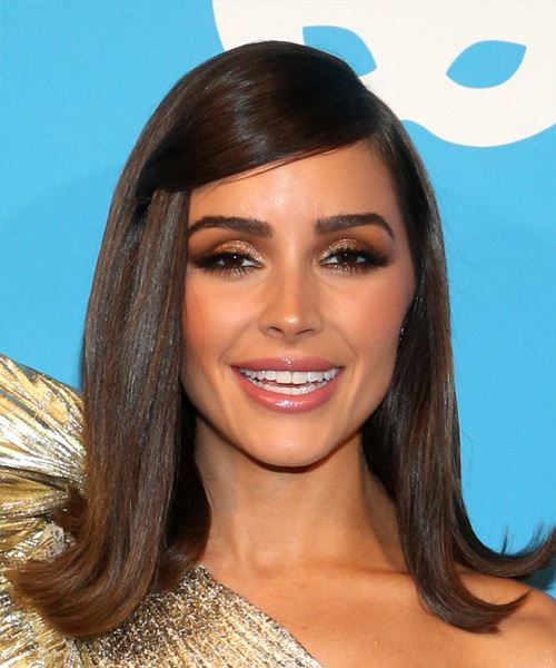 Olivia Culpo Medium Straight   Dark Brunette   Hairstyle with Side Swept Bangs