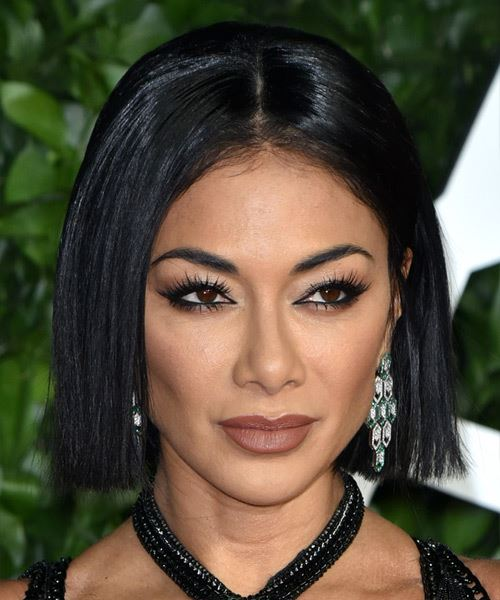Nicole Scherzinger Short Straight   Black  Bob  Haircut with Blunt Cut Bangs