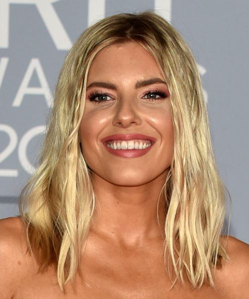 Mollie King Medium Wavy    Blonde   Hairstyle with Side Swept Bangs