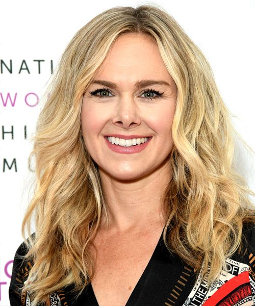 Laura Bell Bundy Long Wavy    Blonde   Hairstyle   with Light Blonde Highlights