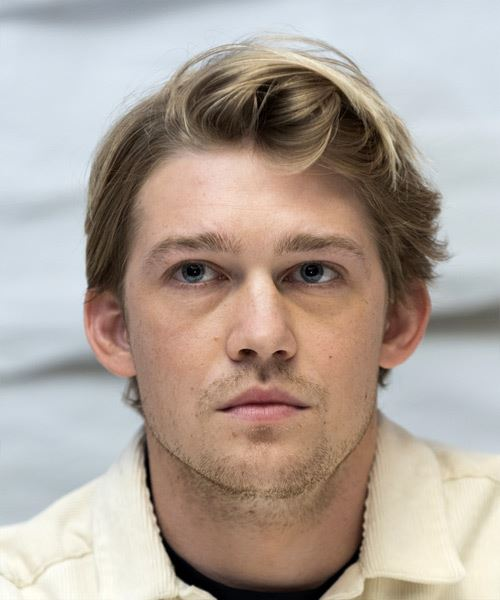 Joe Alwyn Short Straight   Light Brunette   Hairstyle   with Light Blonde Highlights