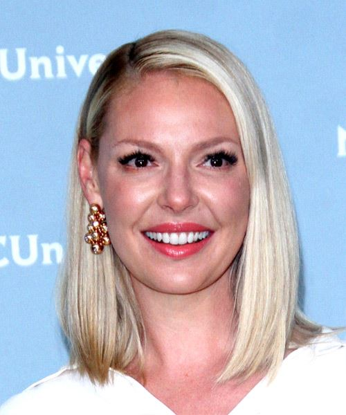 Katherine Heigl Medium Straight   Light White Brunette and Light Brunette Two-Tone   Hairstyle with Side Swept Bangs