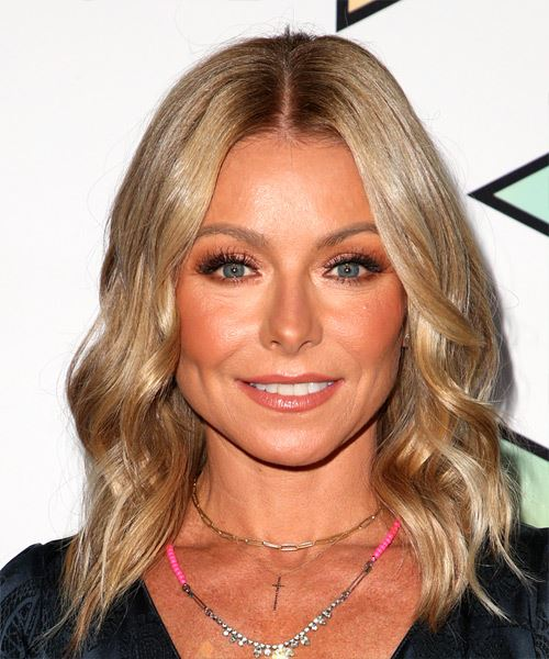 Kelly Ripa Medium Wavy    Blonde   Hairstyle