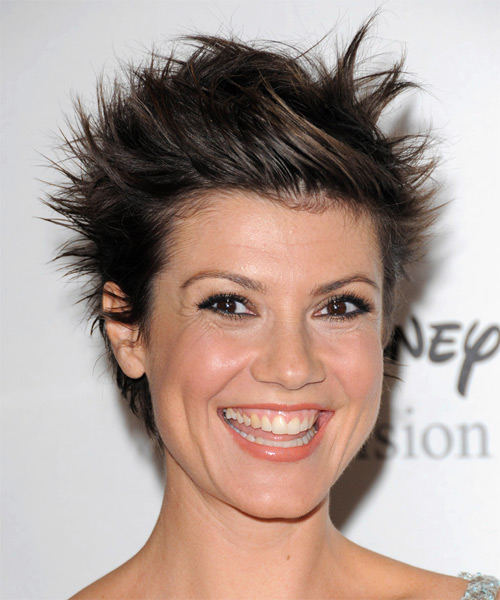 Zoe McLellan Short Straight Alternative   Hairstyle