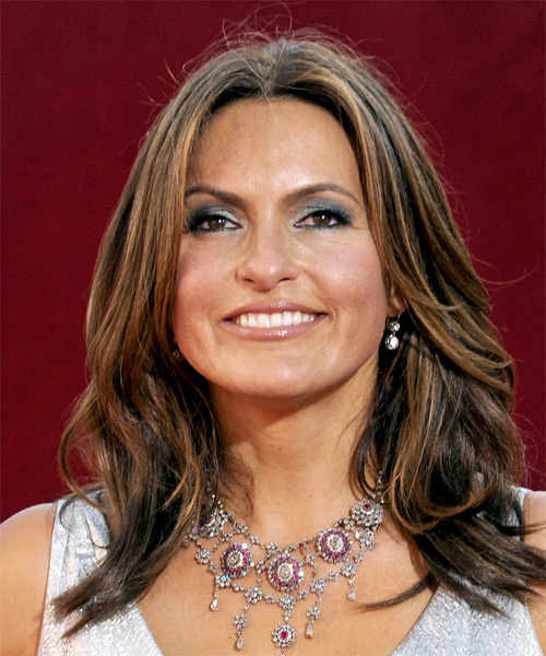 Mariska Hargitay Long Wavy Casual    Hairstyle