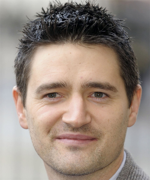Tom Chambers Short Straight Casual   Hairstyle
