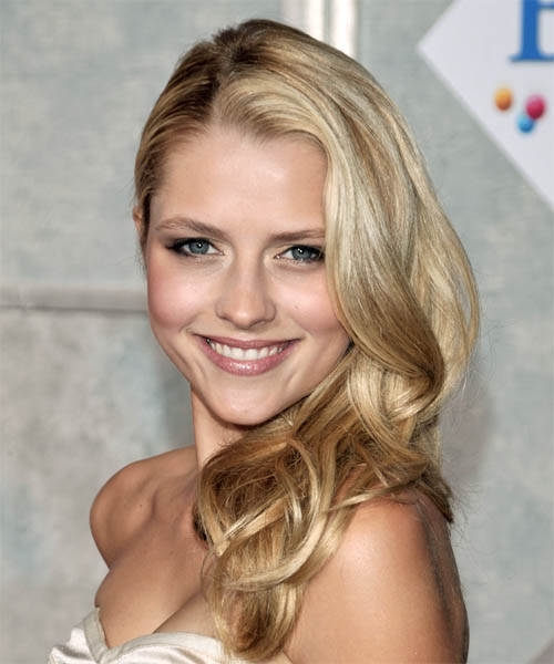 Teresa Palmer Long Curly Casual Half Up Hairstyle