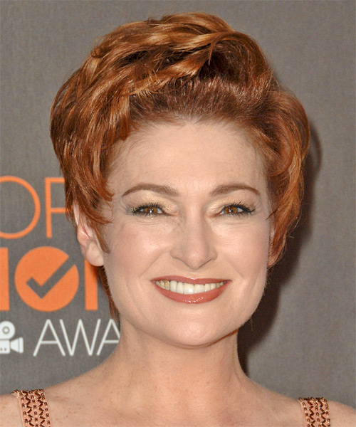 Carolyn Hennesy Short Wavy Formal   Hairstyle