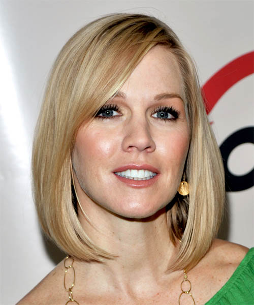 Jennie Garth Medium Straight Casual Bob  Hairstyle