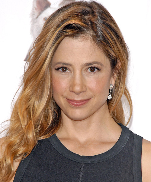 Mira Sorvino Long Wavy Casual   Hairstyle