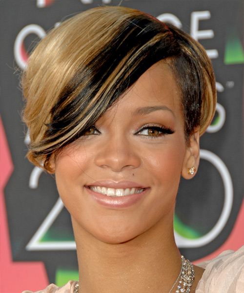 Rihanna Short Straight Alternative   Hairstyle with Side Swept Bangs  - Medium Blonde