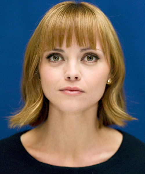 Christina Ricci Medium Straight Casual   Hairstyle